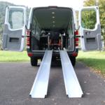 Rollstuhlrampe Mobil Klappbar 2 Teilig An Auto Frontal
