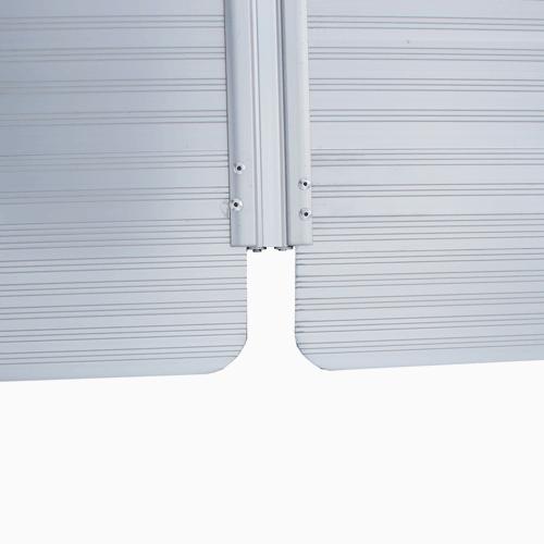 Rollstuhlrampe / Kofferrampe Detail Scharnier