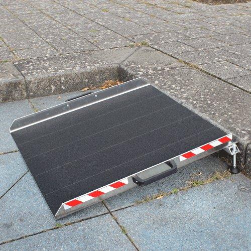Rollstuhlrampe Keilbrücke Variabel An Stufe