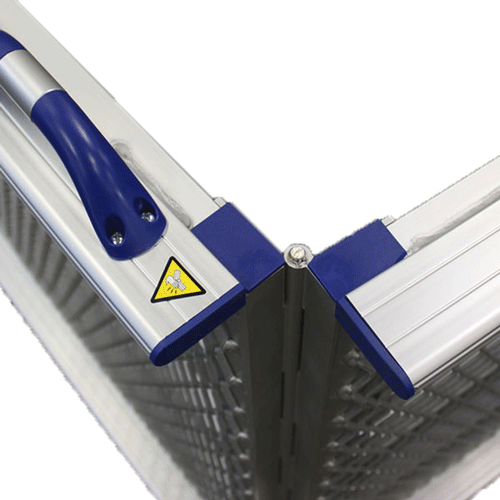 Rollstuhlrampe / Flächenrampe klappbar Detail Scharnier