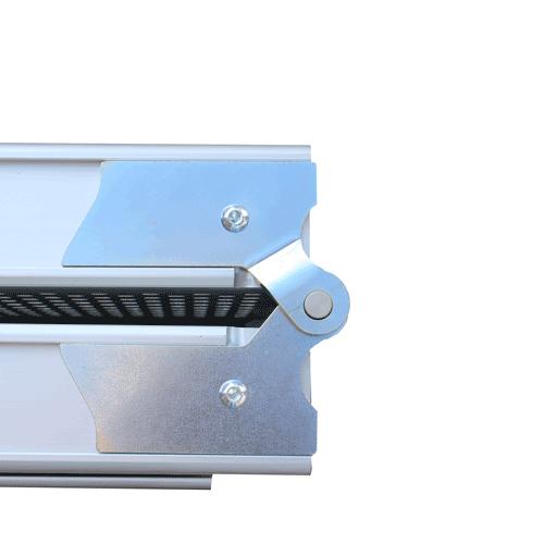 Rollstuhlrampe klappbar und teleskopierbar Detail Scharnier