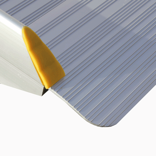 Rollstuhlrampe / Flächenrampe klappbar leicht Detail Auflage oben