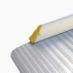Rollstuhlrampe / Flächenrampe Leicht Detail Seitliche Aufkantung