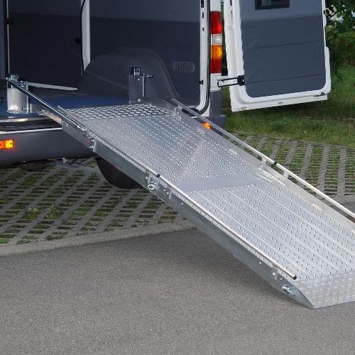Rollstuhlrampe / Flächenrampe Auto 2-teilig Detail oben