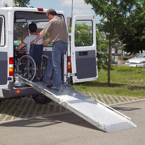 Rollstuhlrampe / Flächenrampe Auto 2-teilig Rollstuhlnutzung