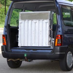 Rollstuhlrampe / Flächenrampe Auto 3- teilig eingeklappt
