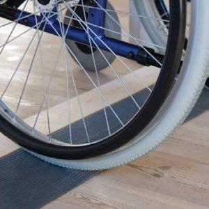 Ihre Leichte Rollstuhlrampe Aus Alu Versandkostenfrei Hier Bestellen